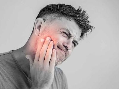 Diş Ağrısına Ne İyi Gelir? Nasıl Geçer? Evde Çözüm Yolları Nelerdir?