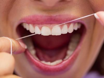 Diş İpi Nedir? Nasıl Kullanılır? Ne İşe Yarar?