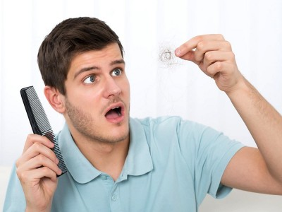 Erkeklerde Saç Dökülmesini Engellemek İçin Doğal Çözümler