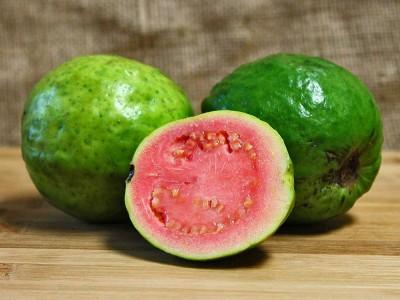 Guava Meyvesi Nedir? Nerede Bulunur? Faydaları ve Zararları Nelerdir?