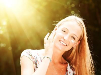 Güneş Lekeleri Nasıl Gider? Doğal Maske Tarifleri
