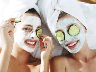 Karbonat Maskesi Tarifi Nedir? Nasıl Yapılır? Cilde Zarar Verir mi?