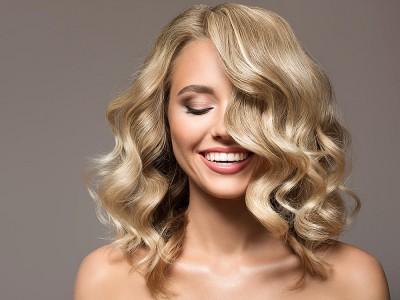 Saçların Parlak Olması İçin Ne Yapmalı?