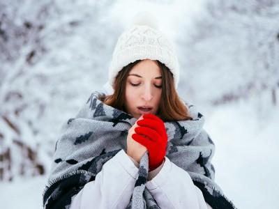 Soğuk Alerjisi Nedir? Belirtileri ve Tedavisi