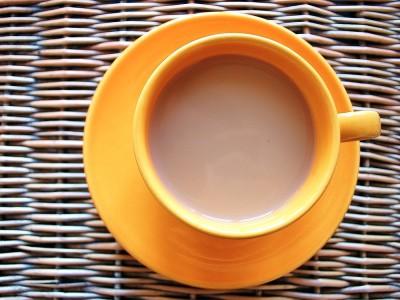 Sütlü Çay Nasıl Yapılır? Nasıl İçilir? Tarifi, Malzemeleri ve Yapılışı