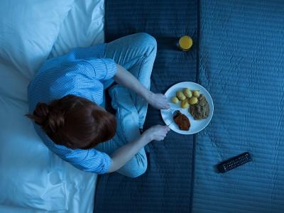 Yemek Yedikten Sonra Uyku Neden Gelir? Halsizlik Neden Olur?