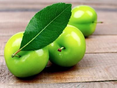 Yeşil Erik Faydası ve Kalorisi Nedir?